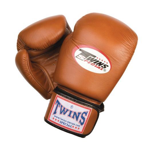 d864f1189 Boxerské rukavice Twins sú známe kvalitou spracovania a odolnosťou.Všetky  rukavice sú ručne šité z prvotriednej kože z Thajska čo zaisťuje ich  odolnosť pri ...